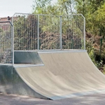 Skate-rampa-two-level-Quarterpipe